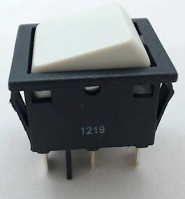 Genuine OEM Peg-Perego High / Low 12 Volt Toggle Switch, MEPU0002