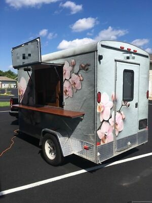 Amazing 6' x 10' Beverage or Smoothie Concession Trailer for Sale in Wisconsin!