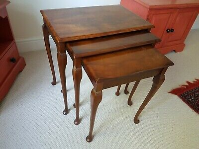 Nest of occasional tables, 20th century antique style