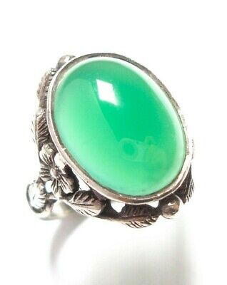 Beautiful Antique Silver And Chrysoprase Arts And Crafts Ring