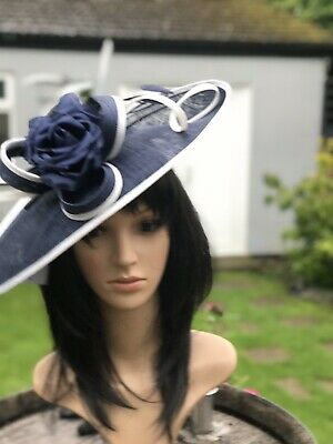 PETER BETTLEY FRENCH NAVY WHITE WEDDING DISC FASCINATOR Mother Of The Bride Hat
