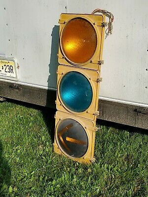 VINTAGE TYPE R Crouse Hinds Traffic Signal Light