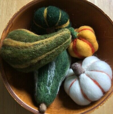 Set of 5 Primitive Decor Fall Halloween Bowl Fillers Needle Felted Wool FREESHIP