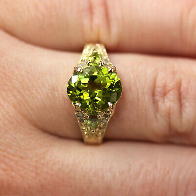 3.6 ct tw Natural Green Peridot & Diamond Solid 14k Yellow Gold Cocktail Ring