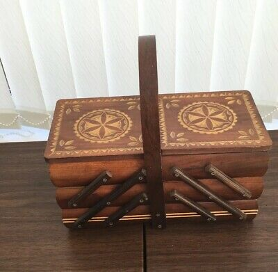 Sewing Box.Expanding Canilever