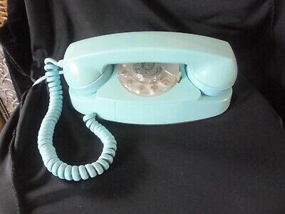 vintage western elrctric bell system the princess phone 701B