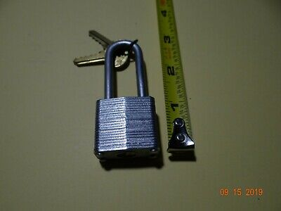 NOS Vintage Master Lock Padlock No. 7 LONG SHACKLE , 2 Original Master Lion Keys
