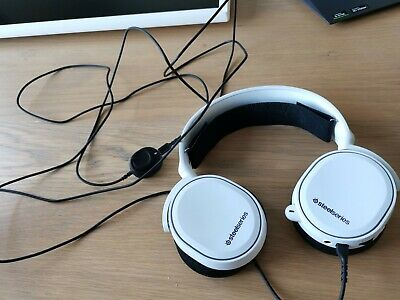 STEELSERIES Arctis 5 7.1 SURROUND RGB Gaming Headset CLEARAST MIC White