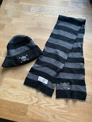 Boys NEXT Beanie Hat And Scarf Set Age 3-6
