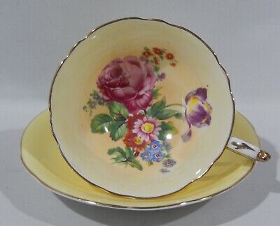 PARAGON PINK ROSE MIXED FLORAL BOUQUET CUP & SAUCER Yellow Background MINT COND