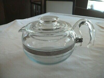 Pyrex Glass Coffee Carafe 6 cup with LID / Handle / Pour SPOUT 8446B Made in USA