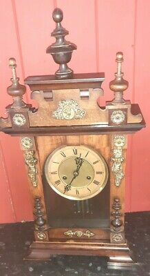 Vintage Eight Day Mantle Clock in Oak.Working With Chime See Photos.