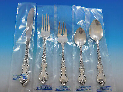 Du Barry by International Sterling Silver Flatware Set Service 24 pieces New