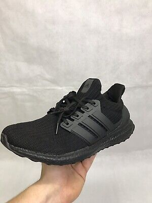 Adidas Ultraboost 4.0 Triple Black Size UK 9.5 (READ DISCRIPTION)