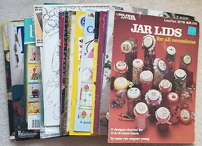 Lot of 21 knitting, painting, tole, quilting project books/mags