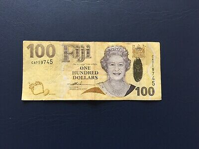 Circulated Fiji 100 Bank Note with QE2 Potrait. Ideal for note collection.