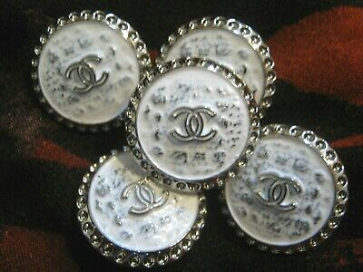 CHANEL  💛 BUTTONS lot of 5  WHITE silver  22 mm , UNDER 1 inch  metal