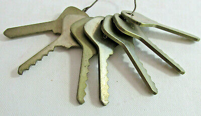 Vintage Set of 7 Depth Keys for Ford Autos, Hurd Style No Name locksmith set