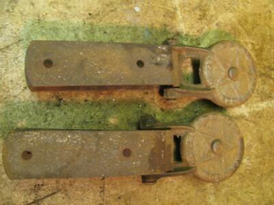 Vintage Pair HHF Hunt Helms Ferris Flexo Barn Door Rollers Hangers Brackets Star