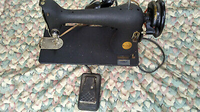 Vintage 1947 Singer Model 66-18 Sewing Machine With Pedal For Parts / Repair