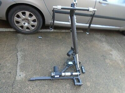 AUTOCHAIR OLYMPIAN 120 kg HOIST. LITTLE USED. 4 WAY POWERED OPERATION.