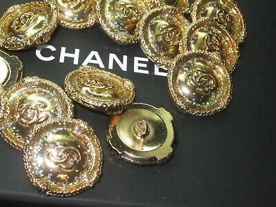 CHANEL 14 BUTTONS GOLD 26 mm , BIGGER THAN 1 inch metal with  cc logo 14