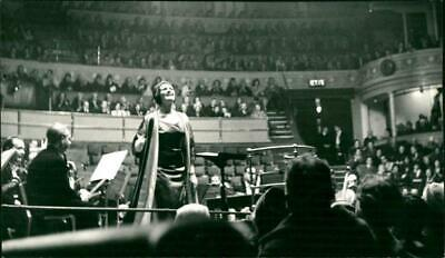 Photograph of Joan Sutherland during her singing Performance