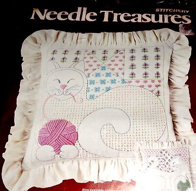 Candlewick Embroidery Kit Kitty Cat Linen Cotton Cushion Bag Front Playful Pussy