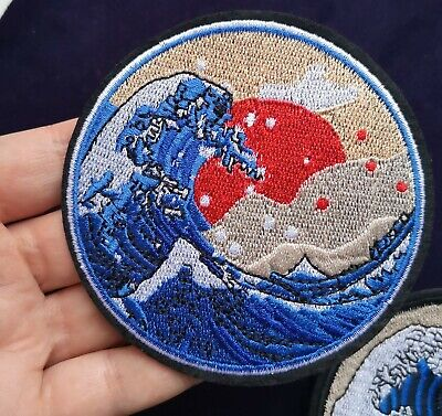 """Round 3.5"""" Hokusai Wave Red Sun Embroidered Patch Iron On Quality Japan Art"""