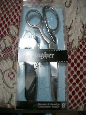 """Gingher Quality 8""""  Serrated Knife Edge Dressmaker Shears / Made In Italy"""
