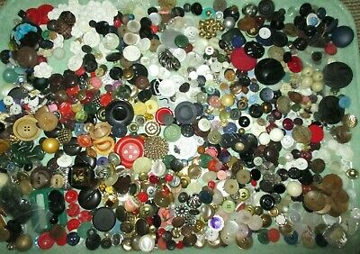 3 Lb! Lot Antique Vintage Buttons - Metal - Glass - Pearl - Realistic - Horn ++
