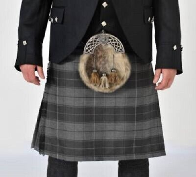Grey Highlander 8 Yard 16oz Made to Measure Wool Kilt with Free Flashes