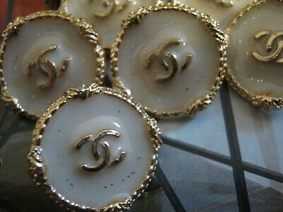 CHANEL BUTTONS lot of 10  BEIGE 20mm ,3/4 inch metal  GOLD cc logo