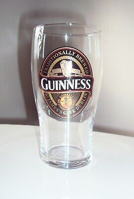 """Guinness Pint Beer Glass """"Traditionally Brewed"""" Black - Gold - Red Logo"""