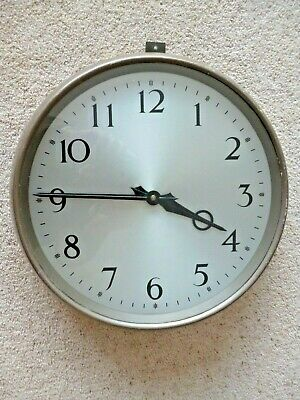 Very Large Metal Wind-up Wall Clock Vintage 14 inch Simple Clear  Design