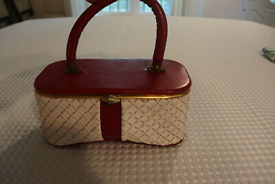 *Vintage* Women's Cosmetic Case With Latch Secure Closure! * Age Undetermined *