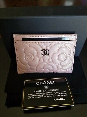 RARE! NWT!! Authentic Chanel Camellia Card Holder Goatskin Light Pink