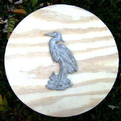 Gostatue MOLD plaster,cement plastic heron stepping stone mold