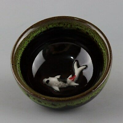 Collect China Culture  Porcelain Glaze Relief Lifelike Gold Fish Delicate Teacup