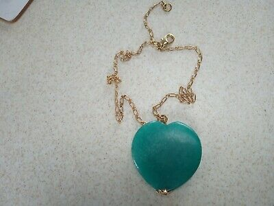 Beautiful green agate gemstone heart & lovely gold plated open link chain