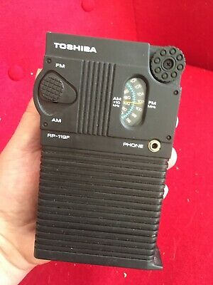 RARE Toshiba RP-119-F AM/FM solid state Transistor radio solid well made.