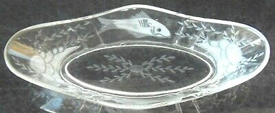 ANTIQUE FISH & WHEAT & FRUIT Cuttings Celery Dish Tray Clear Depression Glass