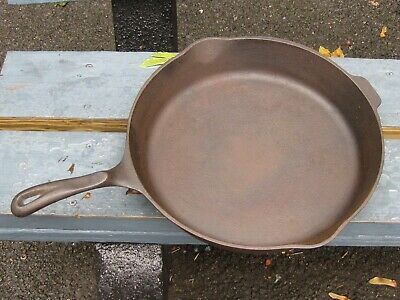 Large Wagner's 1891 original 13 3/8 inch cast iron skillet.