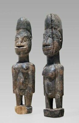 A fragmentary Lobi couple