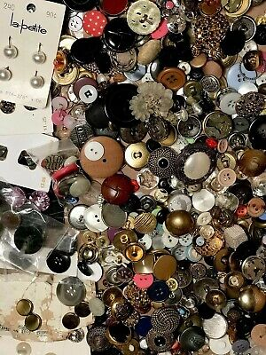 2.5 Lbs Unsearched Buttons Metal Glass Plastic ++ Antique Vintage - Modern WOW!!
