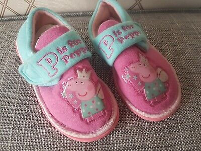 Girls Pink Peppa Pig Slippers Size 6 Infant toddler