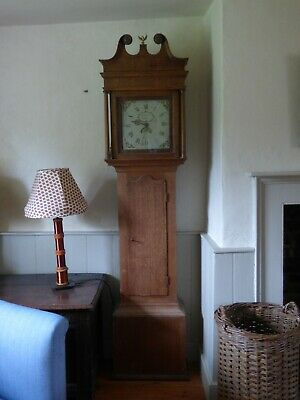 Pretty Oak 30 hour Long case grandfather clock, for restoration