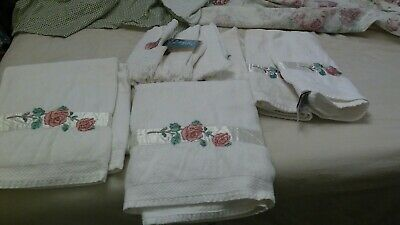 Pink Rose- Saturday Knight Ltd - Bath Hand Towels Floral Embroidered Rose - Chic