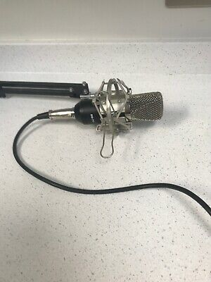 Neewer Condenser Microphone with Suspension Stand and Phantom Power Supply -...