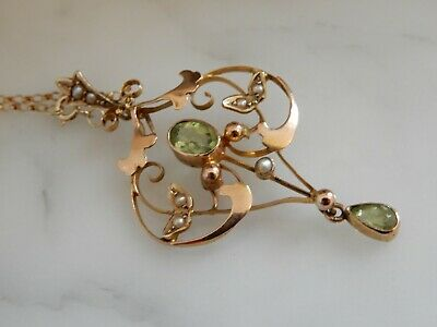 A Stunning Antique Art Nouveau 9 Ct Gold Peridot And Seed Pearl Pendant